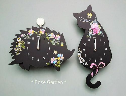 ハリネズミと猫の振り子時計